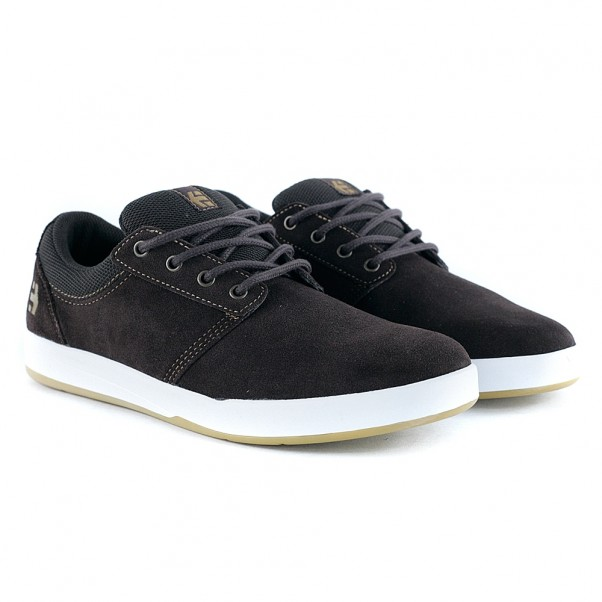 etnies Skateboarding crew hit Malaga etnies skate shoes