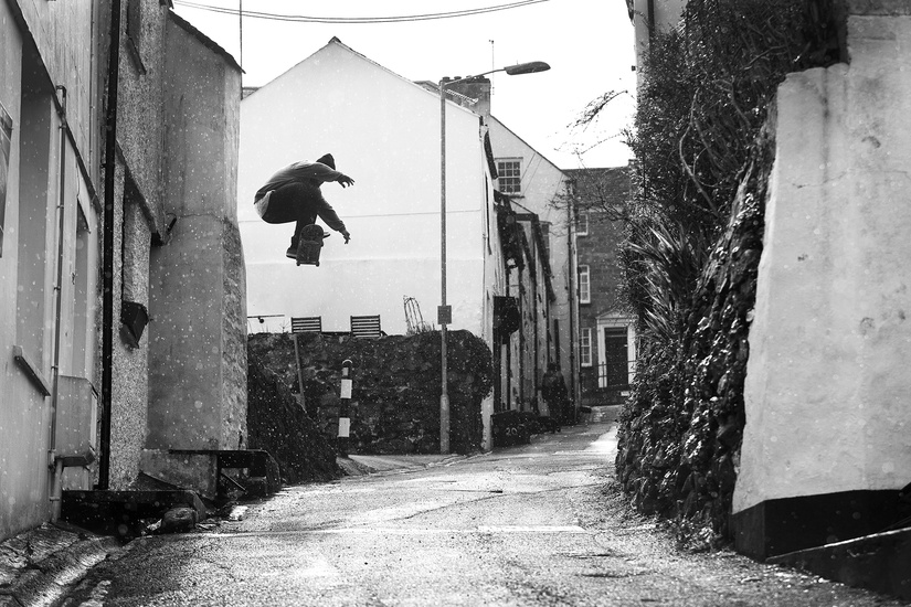ed belvedere with a wallie in cornwall for black sheep team page